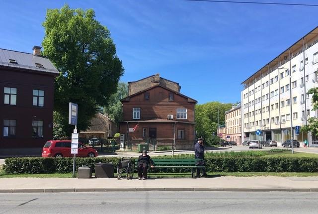 Riga _ Bushaltestelle